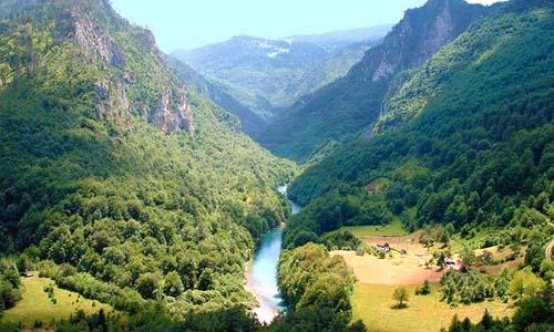 Индивидуальная экскурсия на каньоны Русский гид в Черногории найти гида в Будве найти гида в Черногории индивидуальные экскурсии в черногории поехать на каньоны